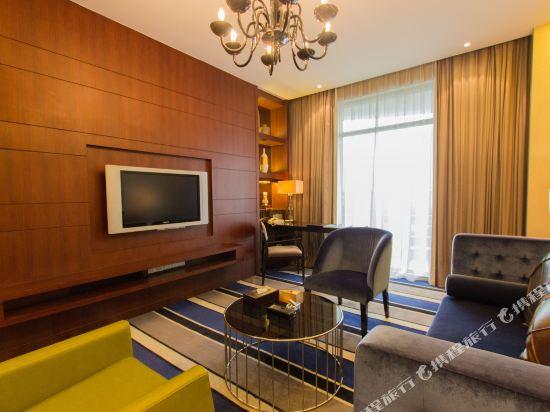 中山東方海悅酒店(Hiyet Oriental Hotel)行政江景套房