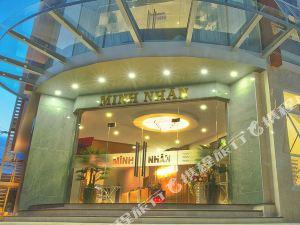 明仁酒店(Minh Nhan Hotel)
