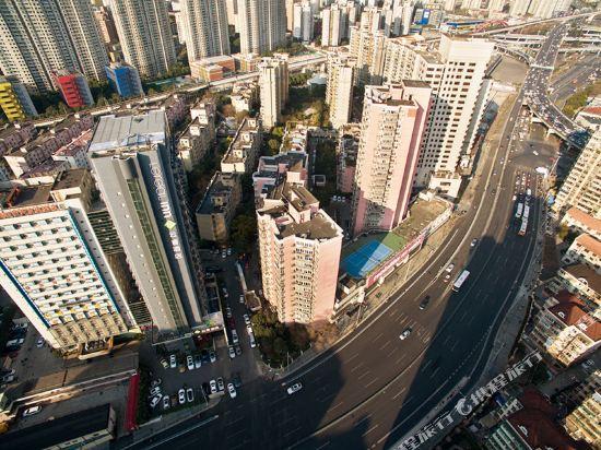 上海徐匯云睿酒店(原云睿酒店(上海徐家匯八萬人體育場店))周邊圖片