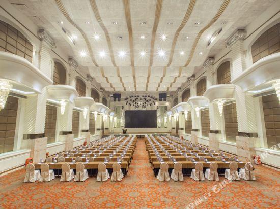 東莞富盈酒店(Cinese Hotel Dongguan)會議室