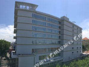 泗水阿悠拉麗莎酒店(Ayola La Lisa Surabaya)
