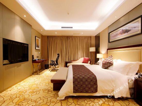 碧桂園空港鳳凰酒店(廣州新白云機場店)豪華套房