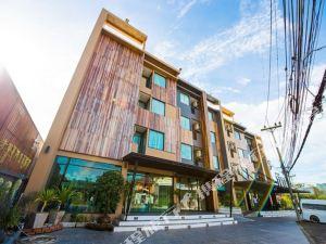 甲米特翠斯酒店(Tetris Hotel Krabi)