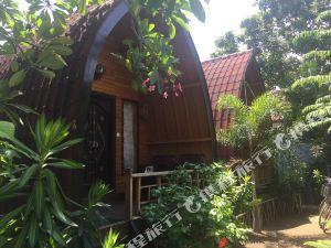 龍目島香蕉葉簡易別墅旅館(Banana Leaf Bungalow Lombok)