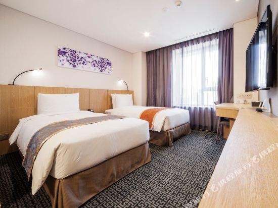 首爾帝馬克豪華酒店明洞(Tmark Grand Hotel Myeongdong)行政樓層雙床房
