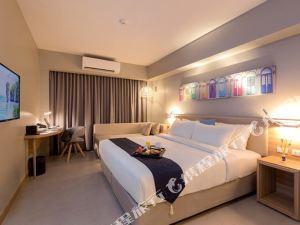 普吉島旅程中心酒店(Journey Hub Hotel Phuket)