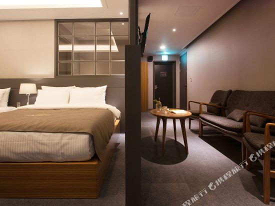 GnB酒店(GNB Hotel)尊貴套房
