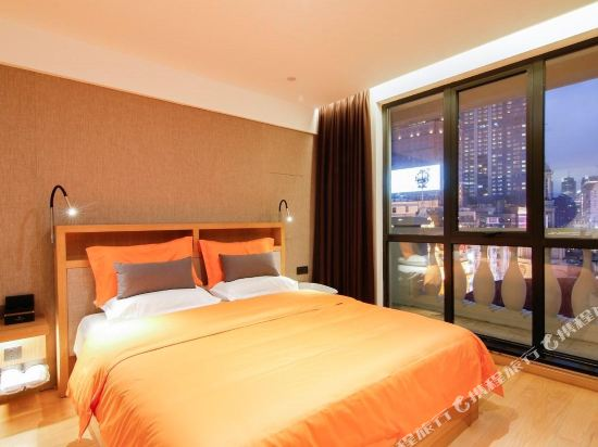 Tujia Sweetome Vacation Rentals (East Nanjing Road)