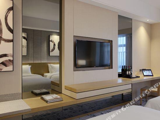 東方銀座國際酒店(東莞松山湖店)(Oriental Ginza International Hotel (Dongguan Songshan Lake))豪華雙床房