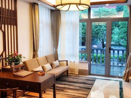 天目湖御湖半島温泉酒店(The Peninsula of Royal Lake Hotels)水岸山居