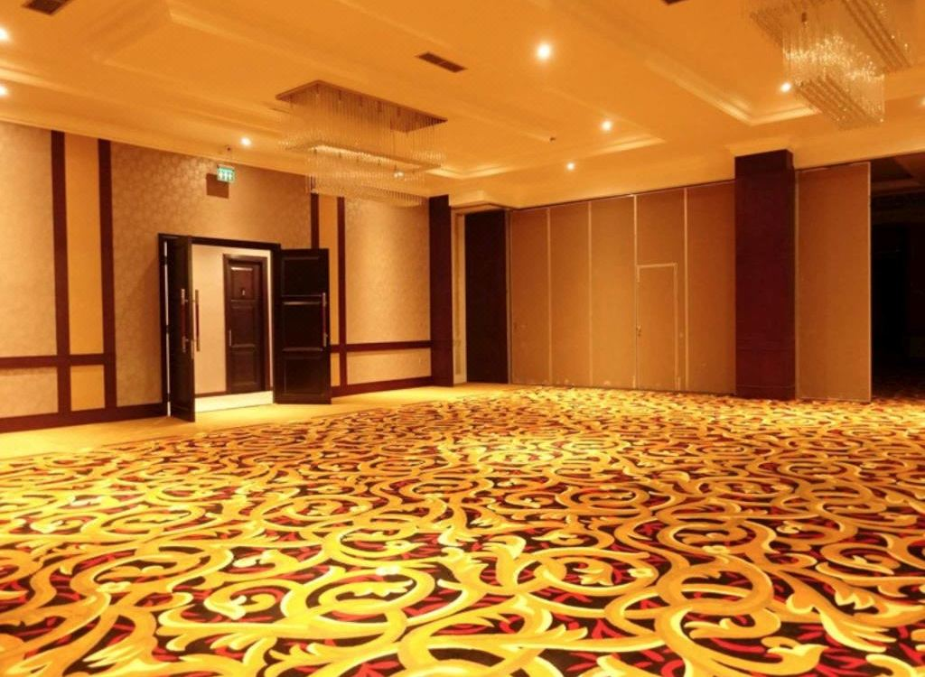 The Grantage Hotel & Sky Lounge Tangerang, Hotel reviews and