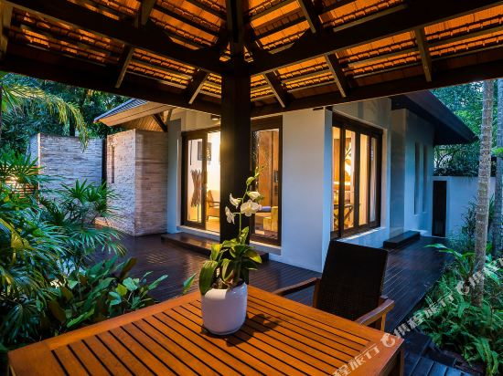 大海沙灘陽光度假酒店(Sea Sand Sun Resort and Villas)花園按摩浴缸套房