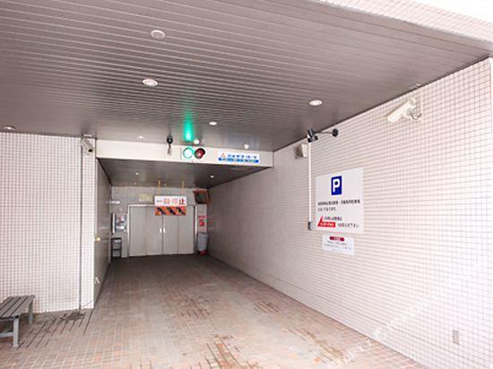 札幌大通Nest酒店(Nest Hotel Sapporo Odori)停車場