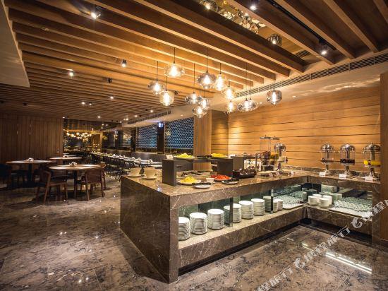 頭等艙飯店(高雄站前館)(Airline Inn Kaohsiung Station)餐廳