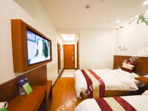 格林豪泰(上海國家會展中心北青公路鳳中路店)(GreenTree Inn Shanghai National Convention Center Beiqing Road Fengzhong Road Shell Hotel)