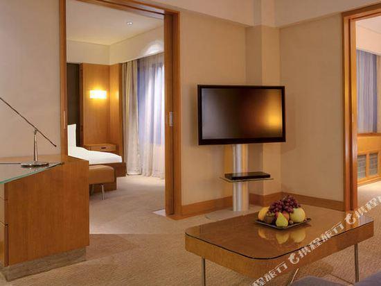 新加坡君悦酒店(Grand Hyatt Singapore)二卧室超豪華房