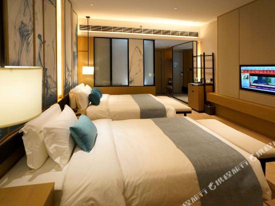 雲和夜泊酒店(上海國際旅遊度假區野生動物園店)(Yun He Ye Bo Hotel (Shanghai International Tourist Resort Wild Animal Park))雅緻雙床房