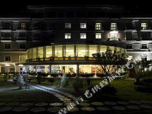 美奈帆船灣海灘水療度假村(The Sailing Bay Beach Resort Mui Ne)