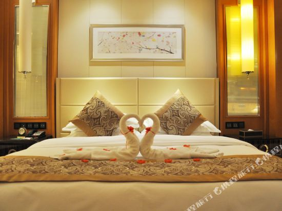 常州福記逸高酒店(Happiness Hotel)家庭房