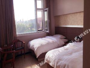 同江市新遠東國貿酒店