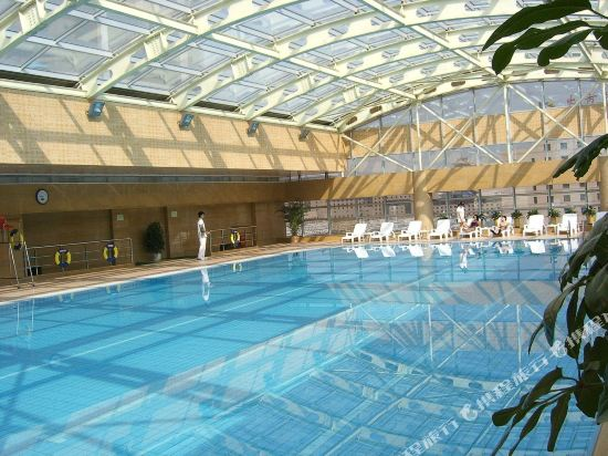北京華爾頓酒店(原鴻坤國際大酒店)(Walton Hotel)室內游泳池