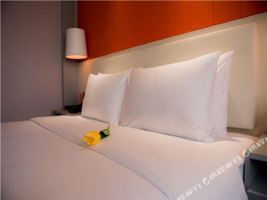 世紀星連鎖艾尚酒店(佛山國際傢俱城店)(Aishang Hotel (Foshan International Furniture City))高級大床房