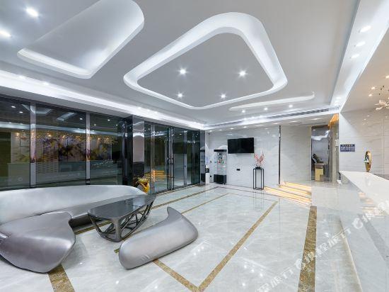 佰曼萊酒店·精選(廣州新白雲國際機場旗艦店)(Baimanlai Hotel Selected (Guangzhou New Baiyun International Airport))公共區域