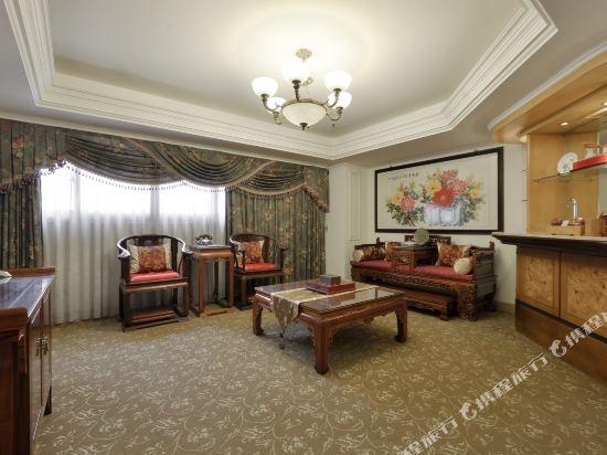 高雄陽光大飯店(Hotel Sunshine)豪華古典套房