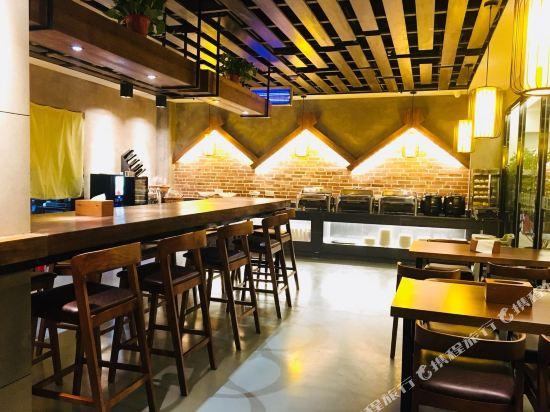 時光漫步懷舊主題酒店(北京地壇國展中心店)(Nostalgia Hotel (Beijing Ditan National Exhibition Center))餐廳