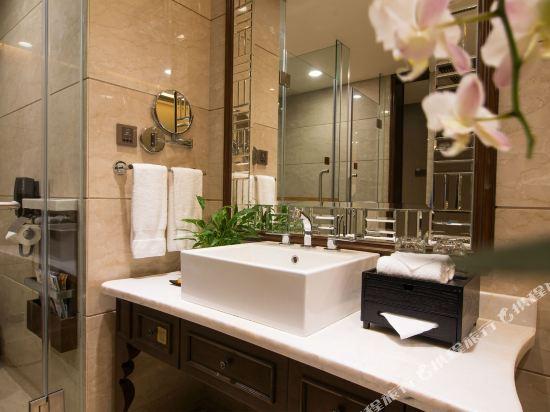 東莞曼佧特國際大酒店(Malachite Hotel)豪華雙床房