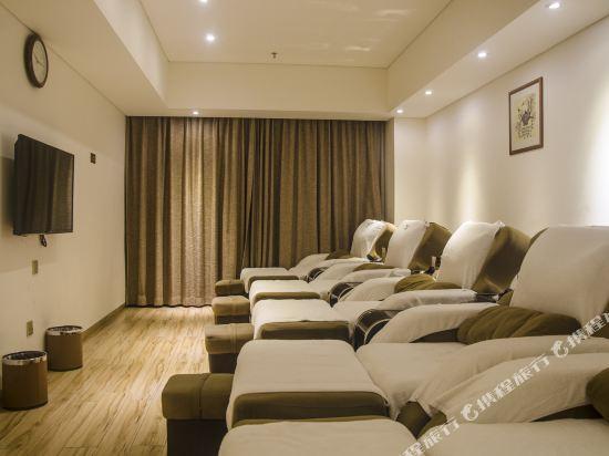 天和酒店(深圳機場T3航站樓店)(Tianhe Hotel (Shenzhen Airport Terminal 3))健身娛樂設施