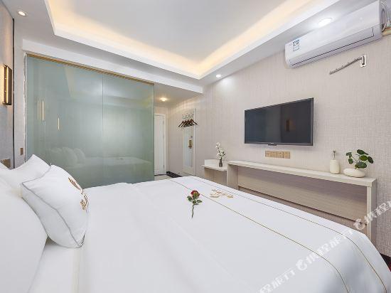 廣州威尼斯特酒店(Wei Ni Si Te Hotel)臻享舒眠大床房