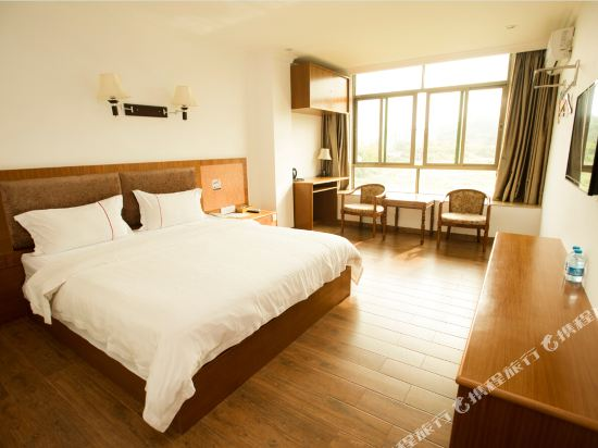 Shenghuang Business Apartment