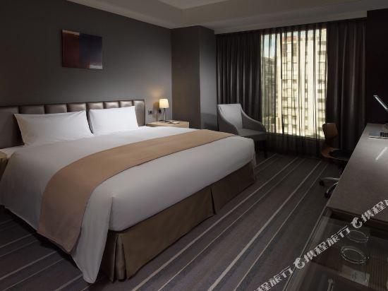 高雄商旅(Urban Hotel 33)時尚館商務雙人房