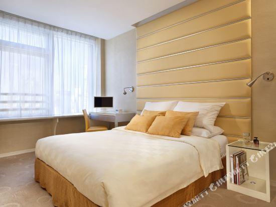 香港麗悅酒店(Cosmo Hotel)行政客房