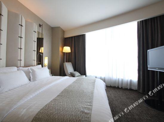 曼谷盛泰瀾中央世界商業中心酒店(Centara Grand at Centralworld)Executive suite bedroom