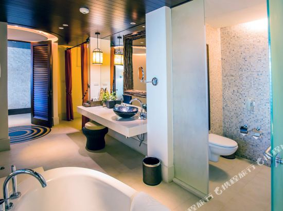 盛泰瀾幻影海灘度假村(Centara Grand Mirage Beach Resort Pattaya)Club Mirage Suite bathroom