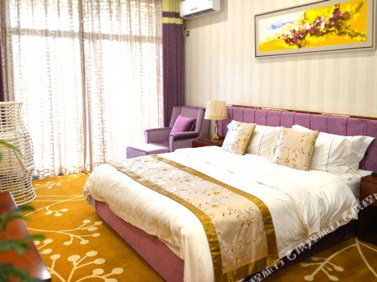 中山富業假日酒店(原榮光假日酒店)(Fuyue Holiday Hotel)温馨大床房