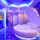 三亞魅藍之夜主題酒店