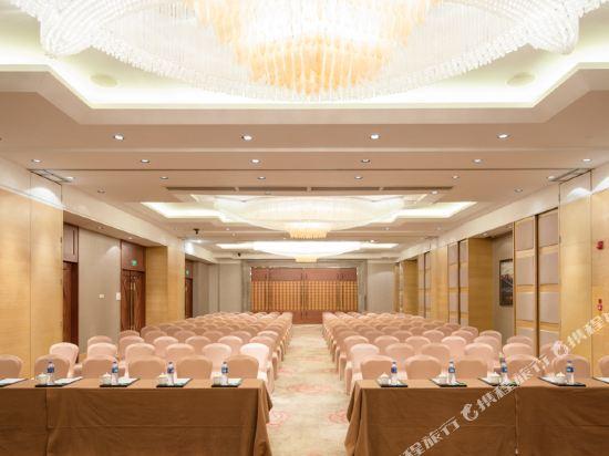 東莞石碣富盈酒店(Cinese Hotel Dongguan Shijie)會議室
