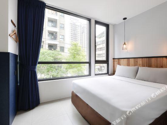 台中愛戀旅店(Amour Hotel)經濟雙人房