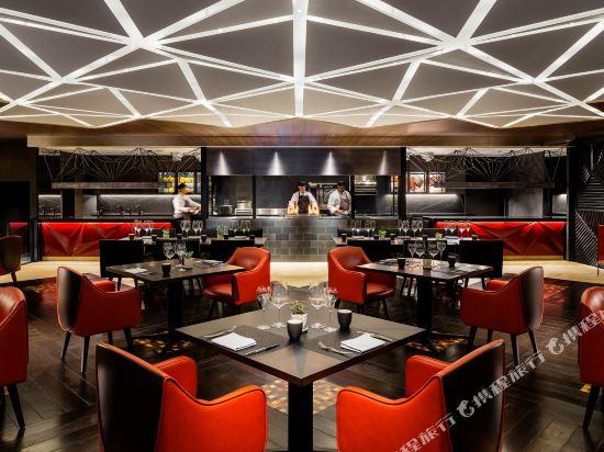 大阪希爾頓酒店(Hilton Osaka Hotel)西餐廳