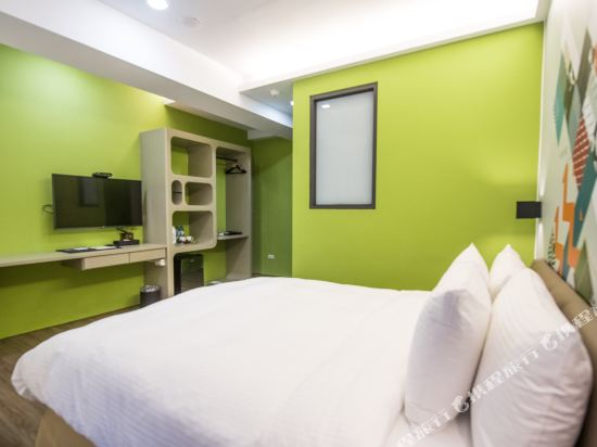 台中隱和旅(INNK Hotel)豪華雙人房