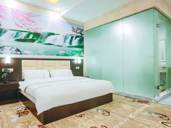 昆明鉑家大酒店(Bojia Hotel)豪華大床房