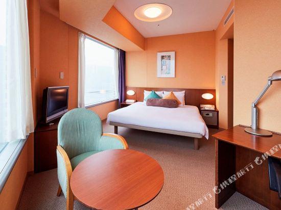 品川王子大飯店(Shinagawa Prince Hotel)附屬塔樓特大床房