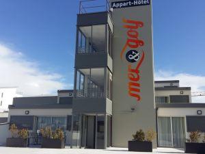 梅爾高爾夫城巴辛弗洛公寓酒店(Appart-Hôtel Mer & Golf City Bassins à Flot)
