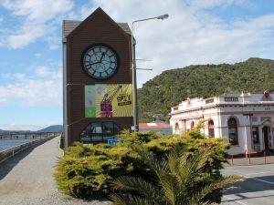 格雷茅斯艾派恩玫瑰汽車旅館(Alpine Rose Motel)