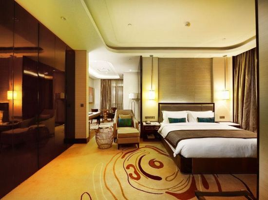 Pacific Regency Hotel Suites Kuala Lumpur Reviews Room Rates And Booking Ctrip