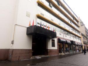 莫里酒店(Hotel Maury)