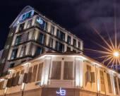 新加坡J8酒店 (Staycation Approved)